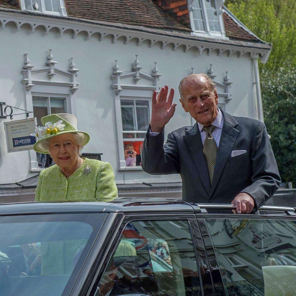 Queen is 90 Windsor-9 crop